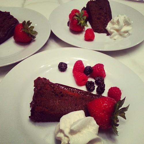 #chocolate #flourless #ganache #cake #lickingmyplate