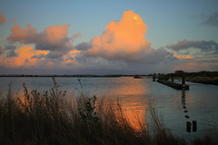 Orange Cloud (Harry Kool) Tags: cloud wolk sunset weer zon wolken clouds medemblik vooroever ijsselmeer