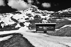 Lost place (Anjuli Lohmüller) Tags: white black bw nature landscape arosa switerland mountains hut wooden hiking snow