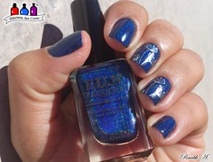 Semana F.U.N Lacquer (Raabh Aquino) Tags: unhas esmaltes azul blue fun nailpolish holo holográfico
