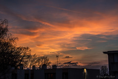 Coucher de soleil à Villemomble_5175 (lucbarre) Tags: coucherdesoleil soir villemomble 93 nuages nuage sky cloud clouds extérieur couleur couleurs