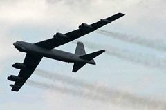 60-0042 BD B-52H Stratofortress USAF (JaffaPix +3 million views-thank you.) Tags: 600042 bd b52h stratofortress usaf buff b52 farnborough farnboroughairshow farnboroughairshow2004 davejefferys jaffapix jaffapixcom aeroplane aircraft airplane airshow fab eglf