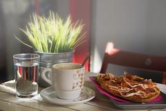 15/52. Still life en la calle. Outdoors (Panthea616) Tags: stilllife bodegón 52semanas 52stilllifes desayuno breakfast exterior