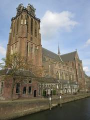 Grote Kerk, Dordrecht, Netherlands, 15 April 2017 (AndrewDixon2812) Tags: netherlands holland zuidholland dordrecht grote kerk great church canal harbour tower clock