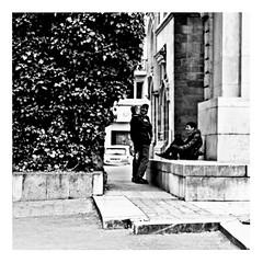 falling & laughing (japanese forms) Tags: ©japaneseforms2017 ボケ ボケ味 モノクロ 日本フォーム 黒と白 bw blackwhite blackandwhite blancoynegro bokeh candid fallingandlaughing monochrome orangejuice random schwarzweis square squareformat strasenfotografie straatfotografie streetphotography vlaanderen zwartwit