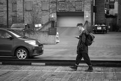 Minneapolis, Minnesota  20170405-DSC07145 (Shoeleather Media) Tags: shoeleathermedia sonyalpha zeiss bw blackandwhite minneapolis minnesota street twincities urban city monochrome walking