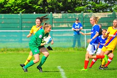 Pompey Ladies 2-5 Crystal Palace Ladies (Nick White2009) Tags: ladies football goalkeeper ball save sport portsmouth pompey fc cams alders match game action fareham