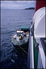 2003-06-23-0025.jpg (Fotorob) Tags: travel analoog vaartuig allesmobiel veerboot bootreizen schotland scotland eigg highland
