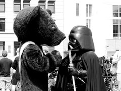A Strange Conversation (ellievking1) Tags: blackandwhite bw berlin germany europe brandenburggate teddybear darthvader underdenlinden