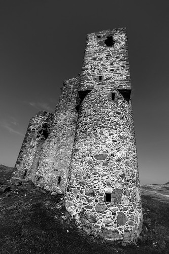 "Ardvreck Castle • <a style=""font-size:0.8em;"" href=""http://www.flickr.com/photos/69544236@N04/13999499253/"" target=""_blank"">View on Flickr</a>"