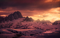 High above (@hipydeus) Tags: sunset mountains alps rays dolomites vast he81660a