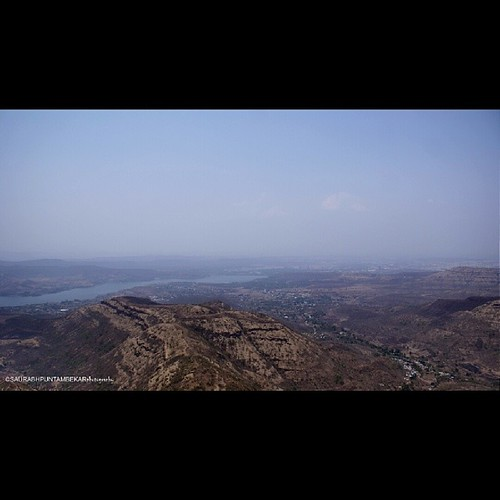 Scenic view from sinhagad fort  #trekking #friends #fort #sinhagad #pune #puneinstagrammers #indian #exploring #pune