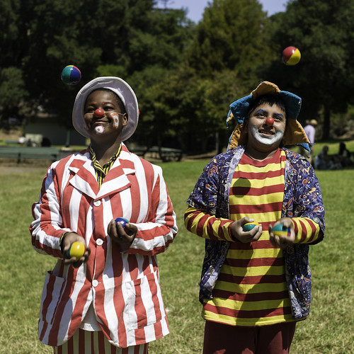 """Juggling Pals • <a style=""""font-size:0.8em;"""" href=""""http://www.flickr.com/photos/93835639@N04/14105152690/"""" target=""""_blank"""">View on Flickr</a>"""