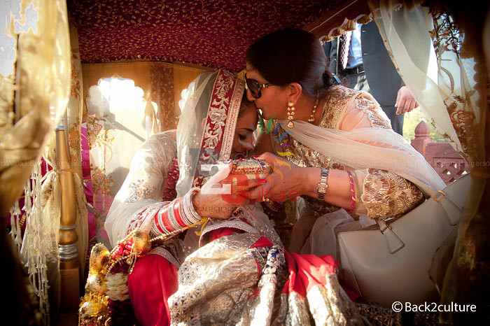 Back2culture Tags Motherdaughter Palki Doli Vidai Destinationweddings Sikhweddings Sikhweddinginjaipur