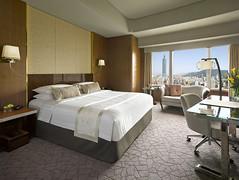 シャングリラ ファーイースタン プラザ ホテル 台北