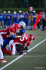 American Football in Norway (Aslak - over 500.000 views :)) Tags: city sports oslo norway by canon season lens photography norge photo spring europa europe foto time capital hauptstadt norden skandinavien may norwegen ciudad mai stadt type noruega borough capitale frogner dslr scandinavia tid continent nordeuropa ville kamera americanfootball fotografering northerneurope objektiv nordiccountries skandinavia bydel scandinavie kontinent sportsstadium hovedstad paysnordiques europedunord frognerstadion 5dmk2 eos5dmkii southeasternnorway vr norvge rstid stlandet nordischelnder canonef70200mmf28lusmextenderef14xii