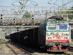 E633-222 (Simone Menegari) Tags: train merci traction rail cargo stazione treno tigre fs lavoro cremona elettrico ferrovia locomotiva locomotore e633