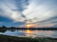 ตะวันยอแสงที่หนองทุ่งมน (TYCBD CHANNEL) Tags: canon thailand nong sakon thungmon a1400
