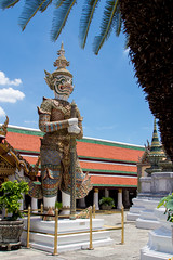2014-06-02 Thailand Day 11, Wat Phra Kaew (Qsimple, Memories For The Future Photography) Tags: park travel blue vacation sculpture building history tourism beautiful statue landscape asian thailand temple gold hall ancient asia bangkok buddha background buddhist traditional religion culture buddhism grand palace thai tropical inside wat maha th isolated phra chedi 2014 destinations bangkokthailand chakri prasat mywinners siratana   atthegrandpalacephrasiratanachedi qsimple