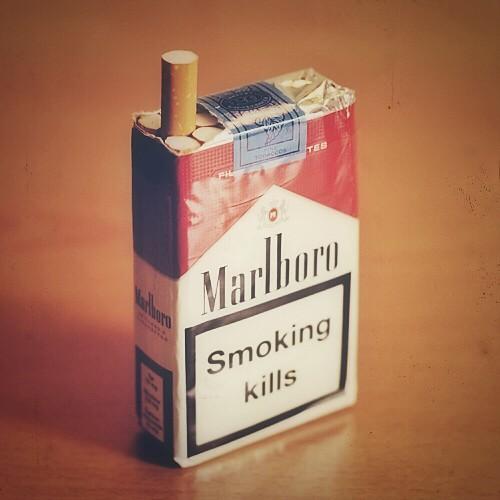 Duty free cigarettes Marlboro Nebraska border