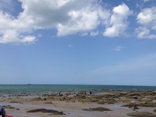 Sunny Day Beach Peaceful View at ชายหาดหัวหิน (Hua Hin Beach)