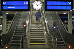 wellness ([MIO]) Tags: scale stairs train stair escalator scala heidelberg treno wellness scalamobile benessere