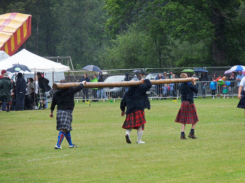 Carrying the caber