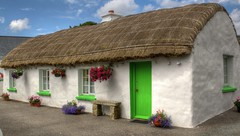 traditional cottage (hmb52) Tags: ireland donegal thatchroof traditionalcottage clencolmcille