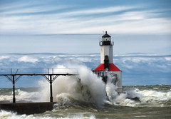 Michigan City Lighthouse (paulh192) Tags: indiana michigancity greatlakes lakemichigan storm wave wind nikon