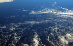 2017_04_10_lhr-ewr_021 (dsearls) Tags: 20170410 aerial windowseat windowshot united unitedairlines ual ua17 lhrewr ocean blue white ice icebergs patterns aviation flying longhaul flight north newfoundland grandbanks