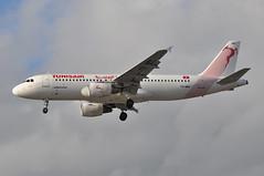 TU0790 TUN-LHR (A380spotter) Tags: approach landing arrival finals shortfinals threshold airbus a320 200 tsimu سوسة sousse sociététunisiennedelair الخطوطالتونسية tunisair tar tu tu0790 tunlhr runway27r 27r london heathrow egll lhr