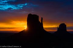 _DSC2664-2.jpg (Nathan Edward Simmons Jr.) Tags: monumentvalley utah arizona navajo themittens oljatomonumentvalley unitedstates us
