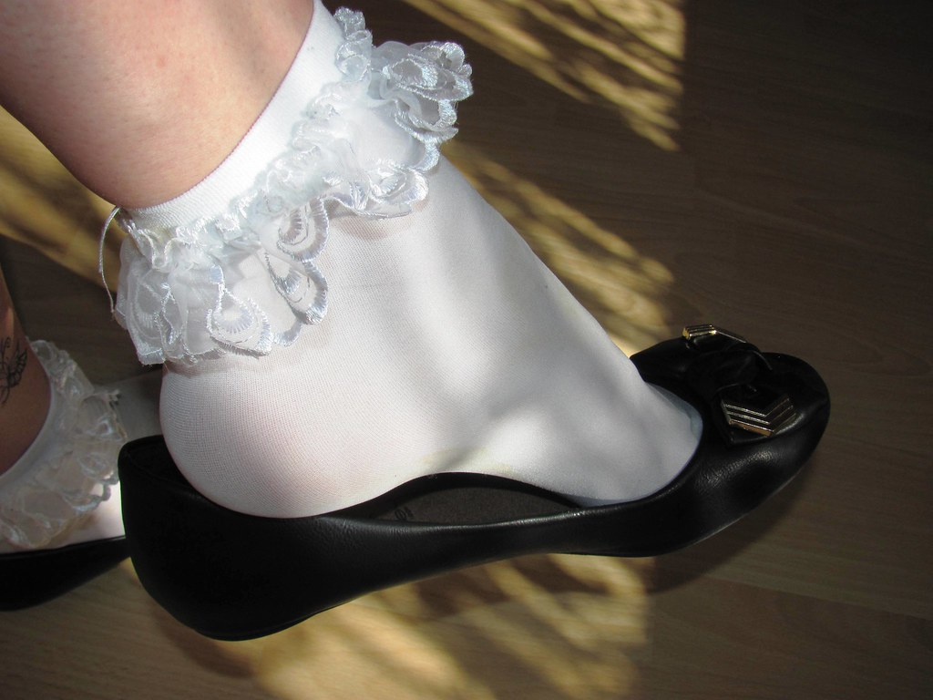 The Worlds Newest Photos Of Shoeplay And Socks - Flickr -7594