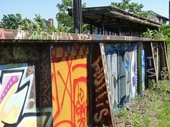 rv70 (daily observer) Tags: readingviaduct philadelphia abandonedphiladelphia springgardenstation railroaddepot abandonedtrainstation abandonedrailroad graffiti philadelphiagraffiti