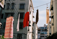 back in time - Portra 160 (Rob-Shanghai) Tags: portra160 film om2n olympus 50mm shanghai china street washing