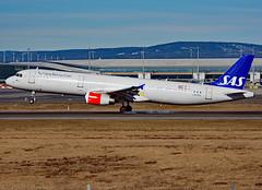 LN-RKK (Skidmarks_1) Tags: lnrkk sas airbusa321 engm norway osl oslogardermoenairport aviation aircraft airport airliners