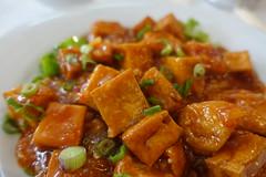 Fried tofu with spicy sauce @ Porte du Bonheur @ Montparnasse @ Paris (*_*) Tags: paris france europe city 2017 april 75015 paris15 spring portedubonheur chinese china restaurant food montparnasse tofu spicy fried soy