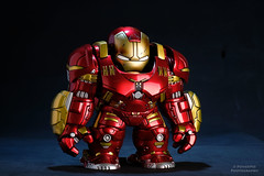 Hulkbuster (PowerPee) Tags: marvel hulk cosbaby ironman hulkbuster tonystark toyphotography photoygraphy hottoys
