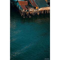 ..ริม ฝั่ง น้ำ..พร่ำเพ้อ..ละเมอครวญ..เคยชื่นชวน..เมื่อหวลคนึงไป..จิตใจยังชื่นชู.. My Chao Phraya river, BKK Thailand