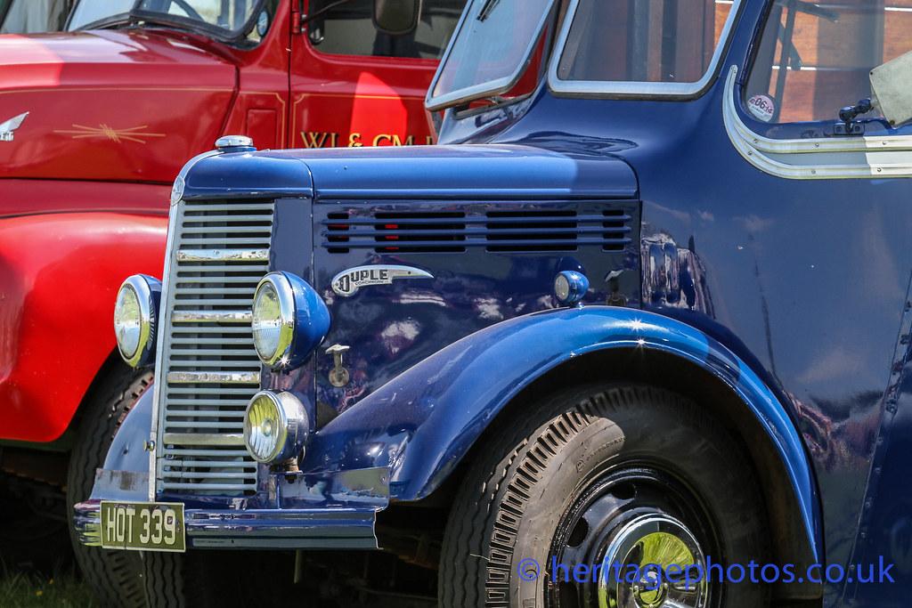 Aylesbury Car Show Weedon
