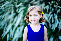 (Simon Laroche_8) Tags: life family flowers light boy sunset portrait people france cute simon nature girl beautiful beauty smile grass kids canon fix french fun outside happy 50mm living intense eyes funny warm moments photographer photographie montral natural cutie qubec portraiture looks enfants 12 personne laroche canon5dmiii simonlaroche