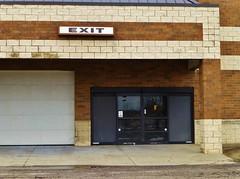 Exit the outside... (Nicholas Eckhart) Tags: ohio usa home retail america dead us diy closed warehouse vacant oh stores homeimprovement defunct 2014 ashtabula shuttered ashtabulatownesquare ashtabulamall diyhomewarehouse