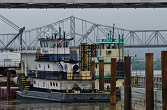 All quiet on the waterfront (Joe Schneid) Tags: kentucky transportation louisville ohioriver inlandwaterway inlandwaterways waynec americanwaterways walshconstruction katherineohara downtownbridgeconstruction