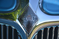 Renault Monaquatre (ricohplio) Tags: voiture renault loire pelussin monaquatre
