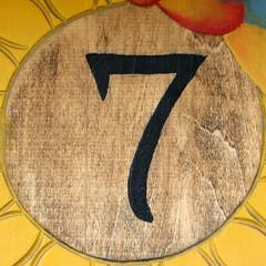 number 7 (Leo Reynolds) Tags: 7 number seven squaredcircle onedigit numberproperty grouponedigit xsquarex xleol30x sqset106 xxx2014xxx