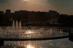(Varvara_R) Tags: light sunset fountain sunshine glitter geotagged russia moscow coth supershot diamondclassphotographer flickrdiamond