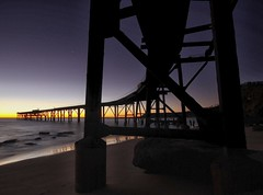 Bend (pominoz) Tags: silhouette sunrise pier jetty wharf nsw catho catherinehillbay