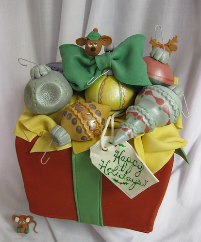 Christmas Gift Box Bulb Cake