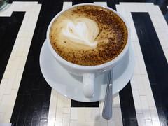 Latte art at Four Corners Café (duncan) Tags: coffee caffelatte latte latteart fourcorners fourcornerscafe