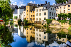 Ville Basse (Luxembourg) (B.B.H.70) Tags: villebasse oldtown grund river reflections houses statgrond luxembourg luxemburgo reflejos río getty hdr